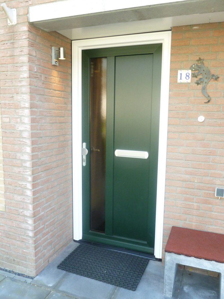 Kunststof deuren en kozijnen almere buiten multigevel for Deuren en kozijnen